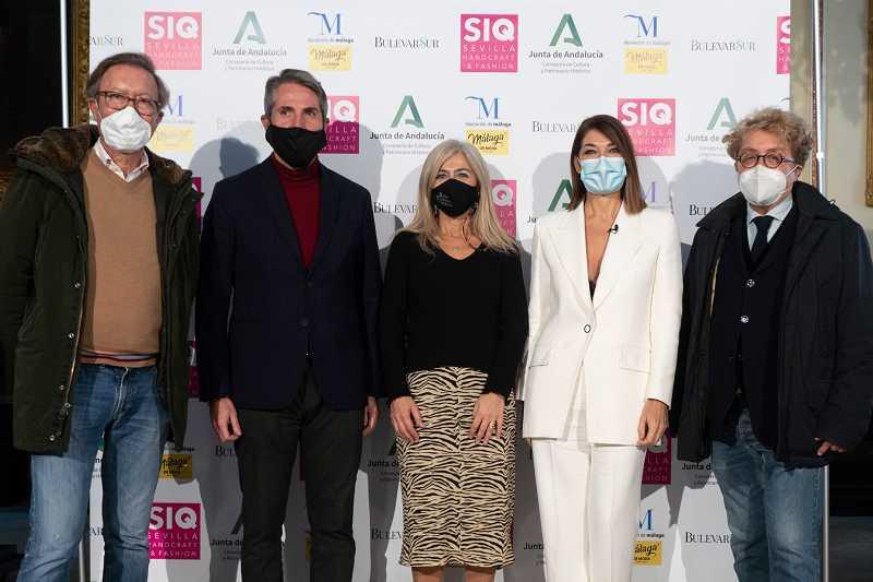 SIQ 2020 Victorio&Lucchino, Juan Carlos Maldonado, Patricia del Pozo, Raquel Revuelta (Foto: Ernesto Castillo Estudio)